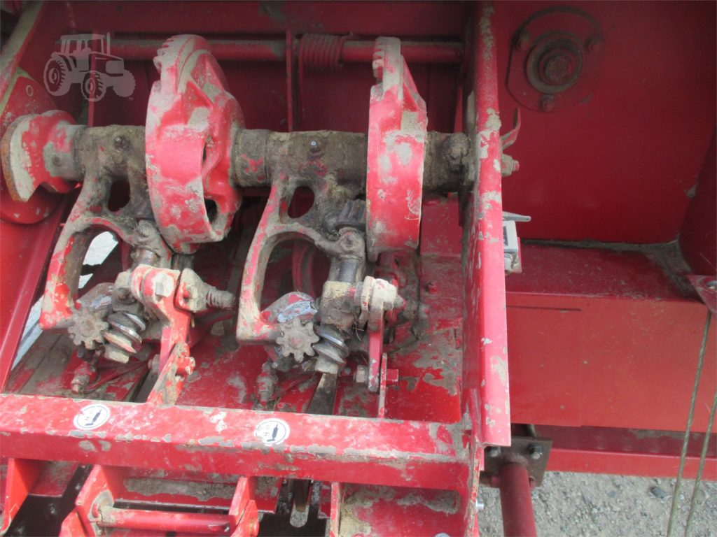 Case IH 5420 knotters
